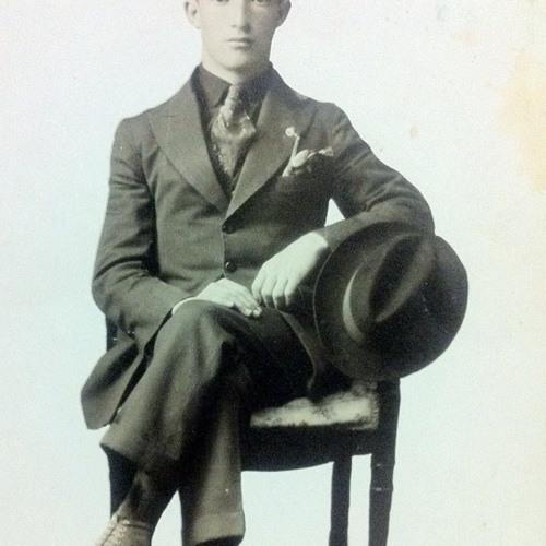 Miguel Arciniega's avatar