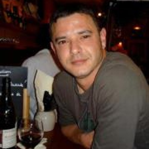 Alex Bernabé's avatar