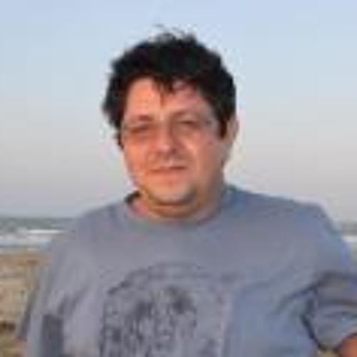 Stênio Gonçalves's avatar