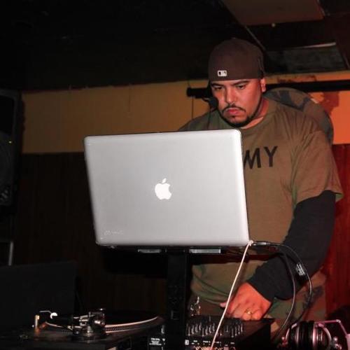 DJ MARIO 01's avatar