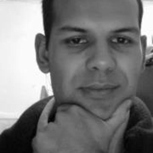 Vinícius B Morais's avatar