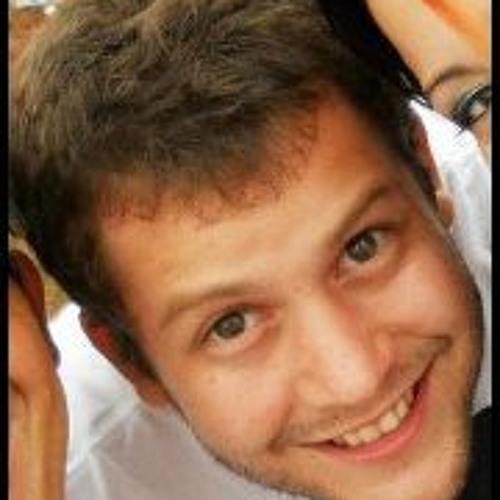 Mau Moraes's avatar