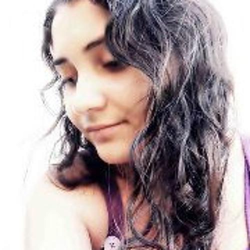 Leilla Carvalho's avatar
