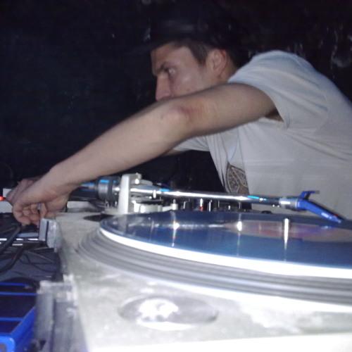 DJ MILKWATER's avatar