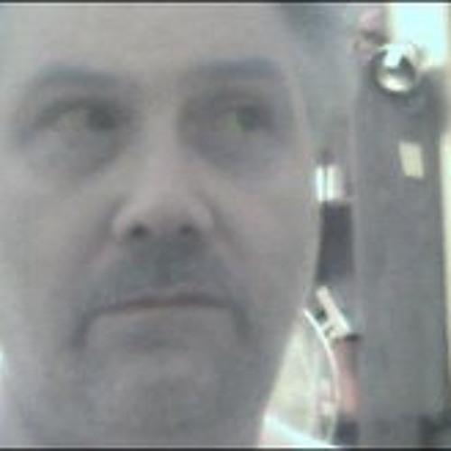 Michael Bellomio's avatar