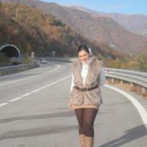 Montse Lescale's avatar