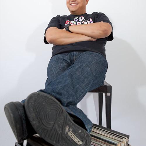 DJ J-Class's avatar