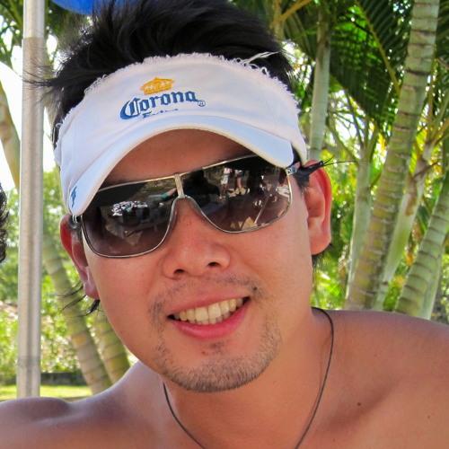 hugosaito's avatar