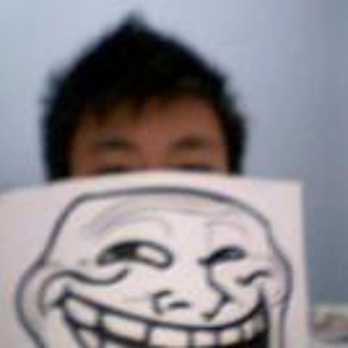 MiiCherl LEo's avatar