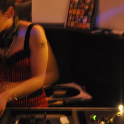 DJ Jess Distress's avatar