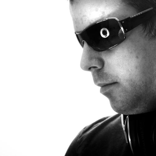 Tom Garrard's avatar
