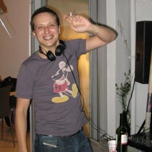 Ivan Varian's avatar