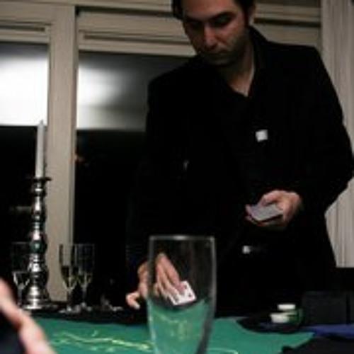 Farzan Foroudi's avatar