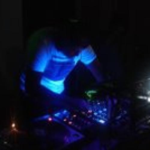 DJ ZUECKO TRACKS's avatar