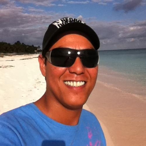 Damian Perez de Leon's avatar