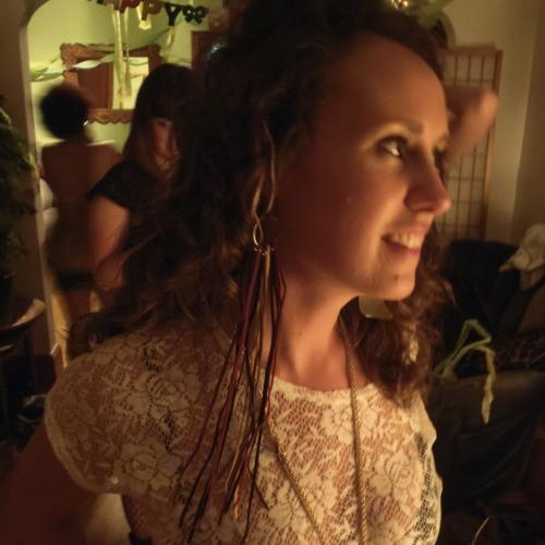 richelle elaine's avatar