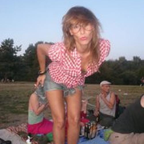 Melanie Pfister's avatar
