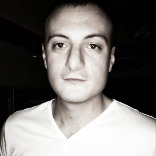Holdwell's avatar
