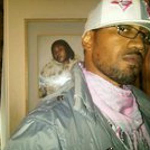 Daniel Brown 14's avatar