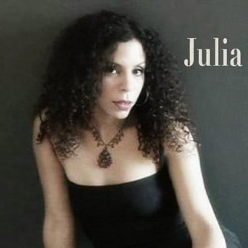 JuliaSantana's avatar