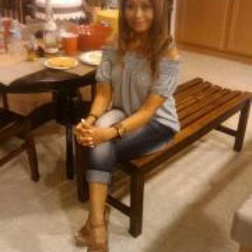 Elaine Marie Galang's avatar