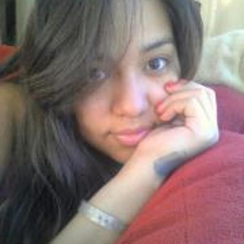 Karina Fierro's avatar