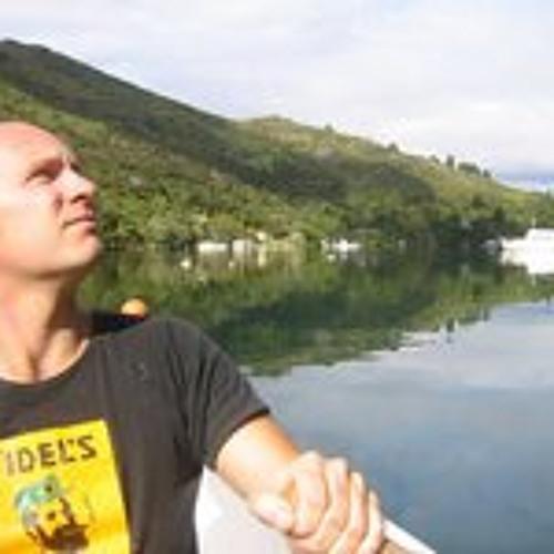 Adam Ellis 2's avatar