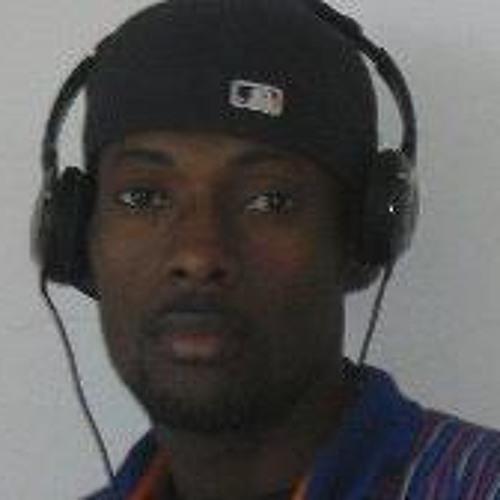 Etienne Leonel's avatar