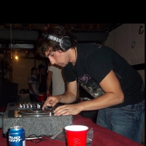 DJ,Shaggy's avatar