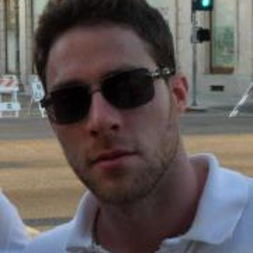 Carlos Castro's avatar