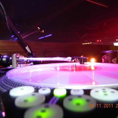Owl city  fireflys (dj-e remix)