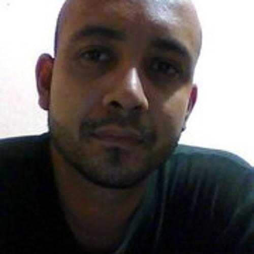 Ollie Lopez's avatar
