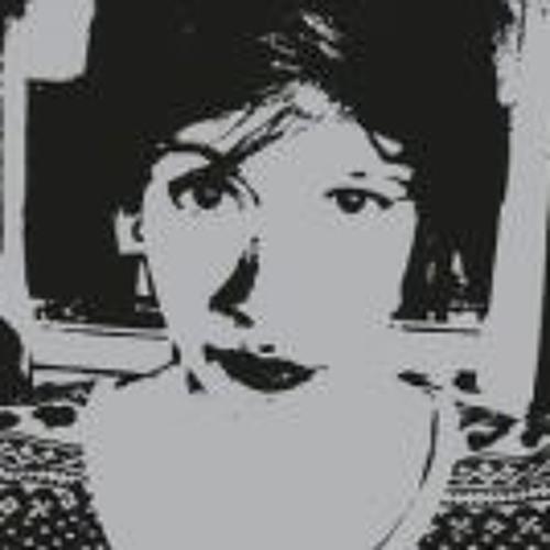 Ana Julia Pnt's avatar