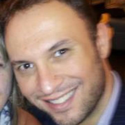 Luis Lessa's avatar