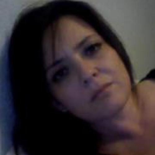 Julie Arreguin's avatar
