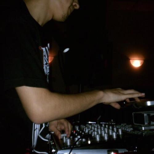 DJ Range's avatar