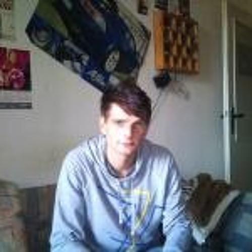 user8730018's avatar