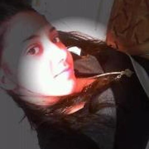 Julissa Fernandez's avatar