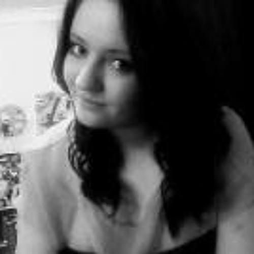 Eloise Kelly's avatar