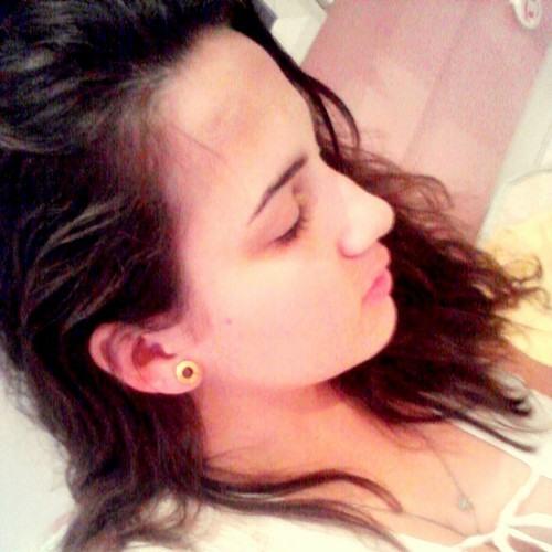 Sabrinamoura's avatar