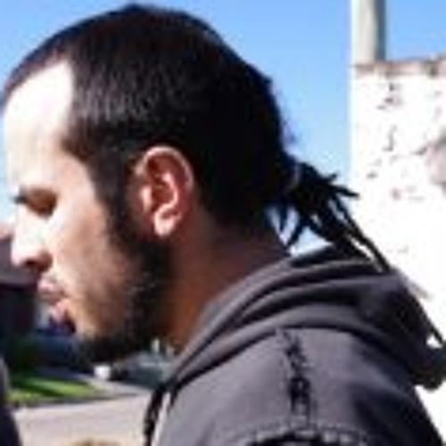 Caly Herrera's avatar
