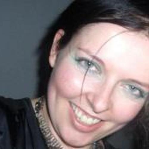 janinebee's avatar