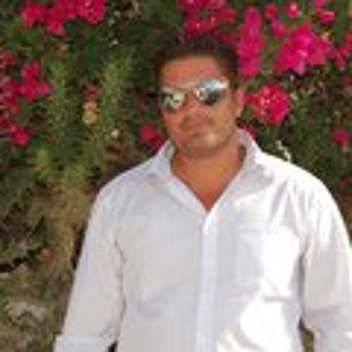 Francisco J Escobar's avatar