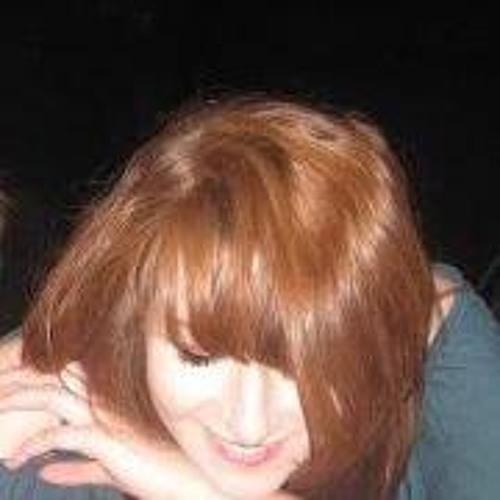 Emma Ní Chearúil's avatar