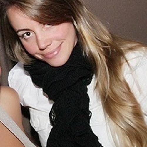Gracy Machado's avatar