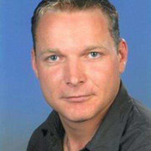 Patrick Pluskat's avatar