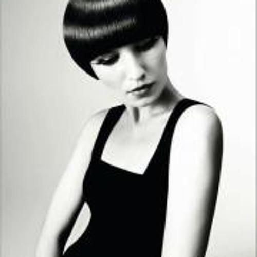 Jaqueline Hoffmann's avatar
