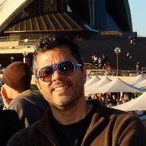 Javert Brazuca's avatar