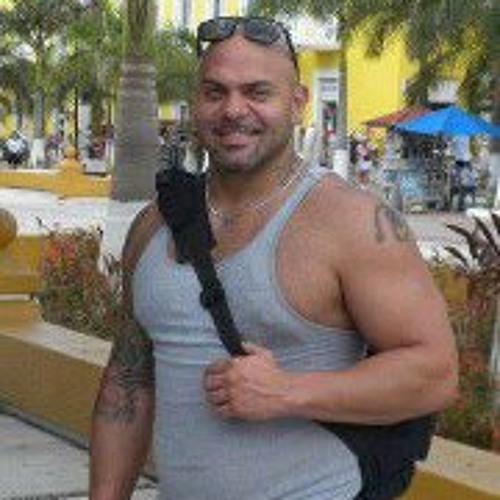 J J Rodriguez Moura's avatar