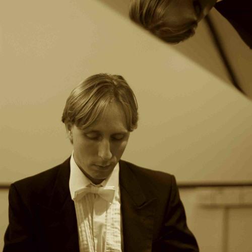 Aleksander Szram's avatar
